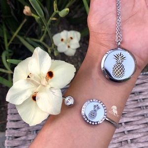 Jewelry - Pineapple Chain Necklace and Cuff Bracelet Set